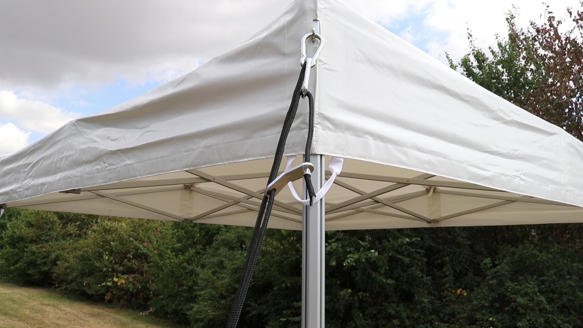 Zelt abspannen mit Wassersack